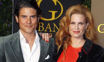 Olivia de Borbón y Julián Porras despiden su soltería rodeados de grandes amigos