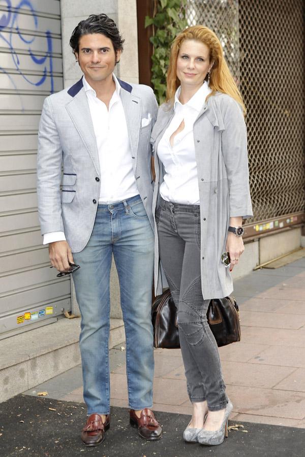Olivia de Borbón viste de Pronovias en su boda con Julián Porras