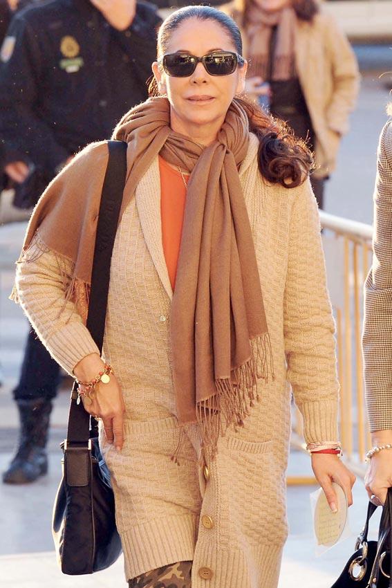 salpica los primeros días de Isabel Pantoja en la cárcel - Foto 3 ...