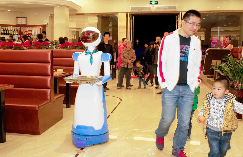 Robots camareros: ¿'Star Wars'? No, ¡China!