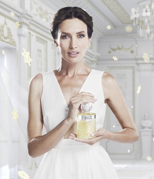 Nieves Álvarez: 'Mi hija dice que soy la princesa Frozen y mi madre, Angelina Jolie'