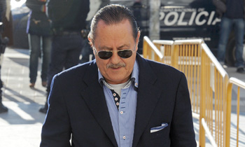 Julián Muñoz sale de la cárcel para ser atendido en urgencias