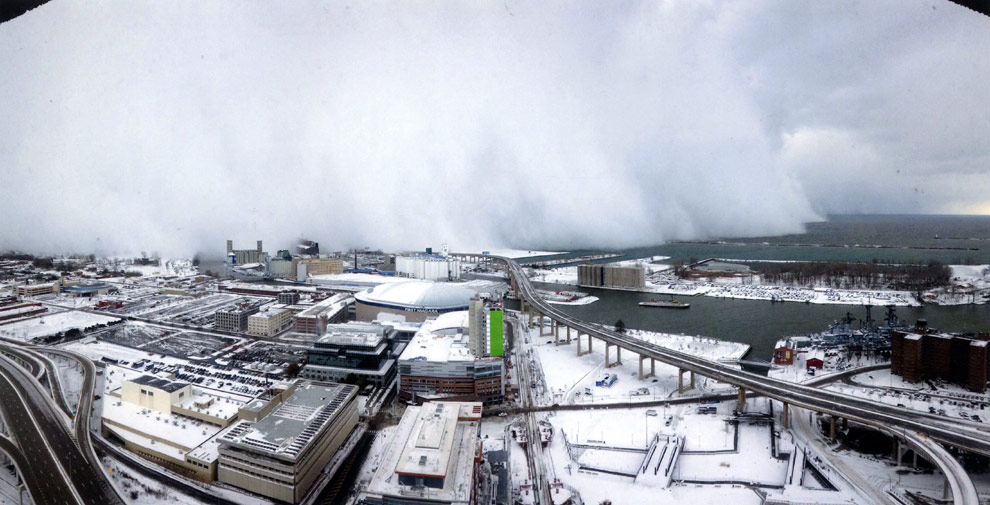 Una impresionante tormenta polar en movimiento