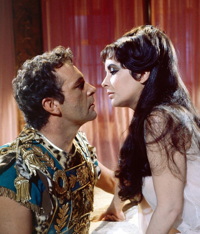 *ROMA: LA REPÚBLICA Cleopatra3--a