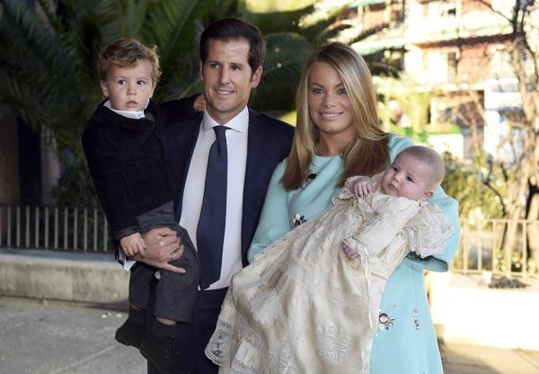 Carla Goyanes y Jorge Benguría bautizan a su hijo Santiago