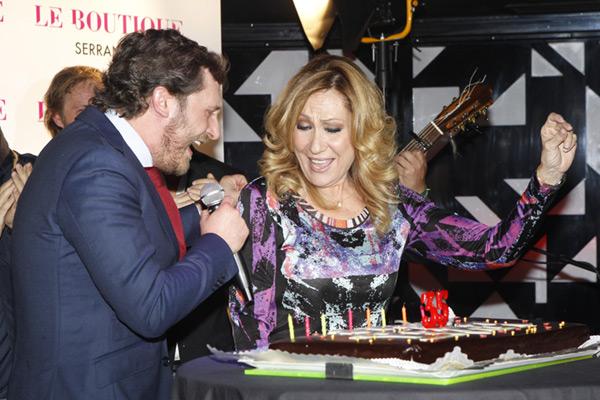 Juan Peña celebra su cumpleaños más especial antes de ser papá, pero... ¿dónde estaba Sonia?