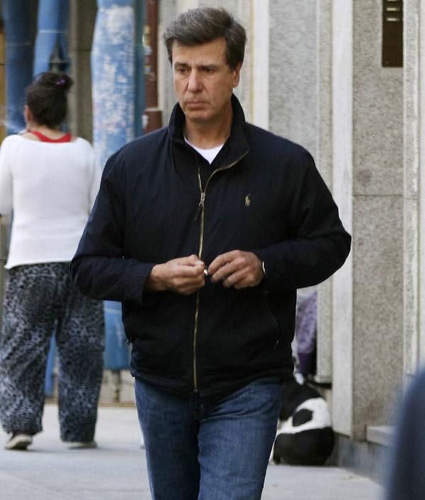 Cayetano Martínez de Irujo apura sus últimos días en el Palacio de Liria junto a su novia, Melani Costa