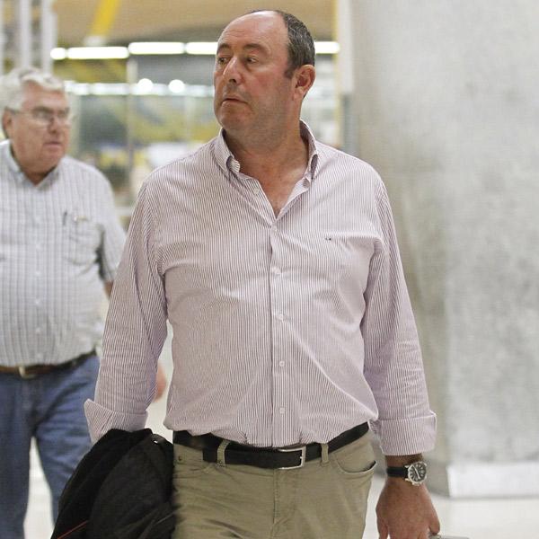 Primicia en HOLA.com: Luis Miguel Rodríguez, quien estuvo relacionado con Carmen Martínez-Bordiú, se divorcia de su mujer