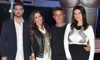 Laura Pausini cantando flamenco, las regañinas de Malú a Alejandro Sanz y unas gemelas con estrella... el estreno de 'La Voz' conquista