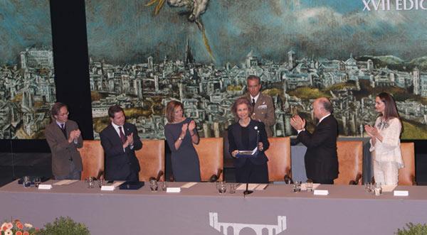 Eugenia Silva, arropada por Alfonso de Borbón, vuelve a coincidir con la reina Sofía
