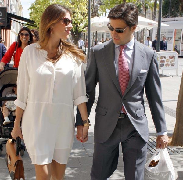 Francisco Rivera y Lourdes Montes, dos futuros padres fieles a su cita con la Semana Santa sevillana