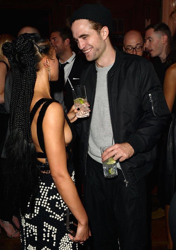 Robert Pattinson, ¿compromiso o 'inocentada'?