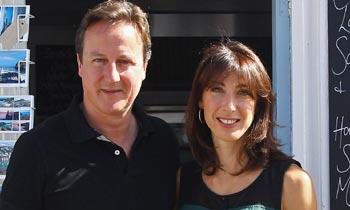 El primer ministro británico, David Cameron, muestra su lado más humano al recordar la muerte de su hijo Iván