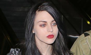 Frances, hija de Kurt Cobain: 'Lloro cada vez que escucho la canción 'Dumb', que revela cómo mi padre se veía a sí mismo'