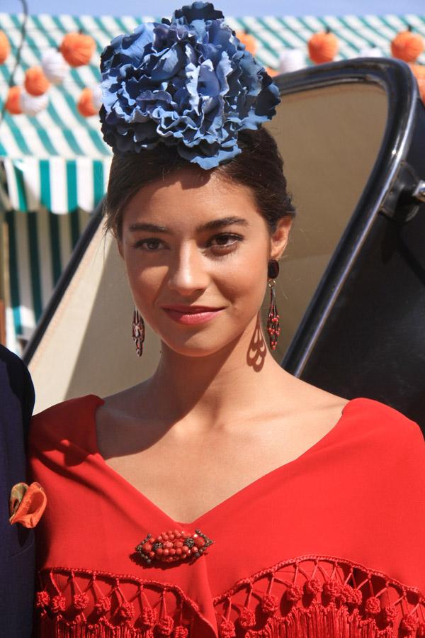 La belleza flamenca de Rocío Herrera y ese color especial que tiene la Feria