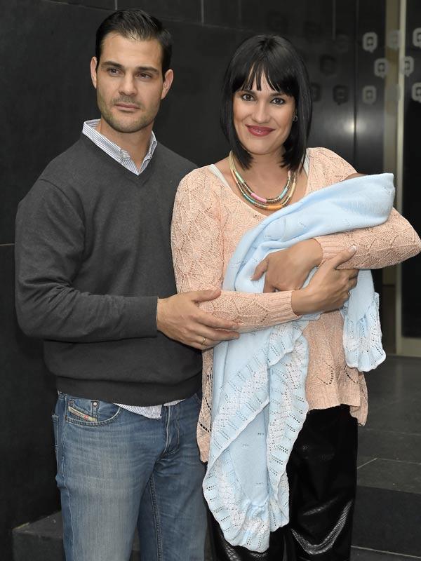 Irene Villa y su marido presentan a su segundo hijo, Pablo