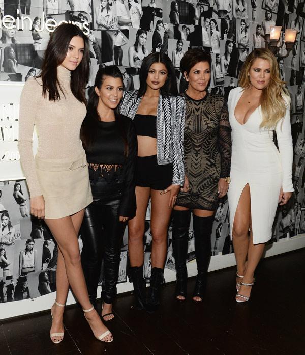 Stella del Carmen, una más en la fiesta de Melanie Griffith y las Kardashian