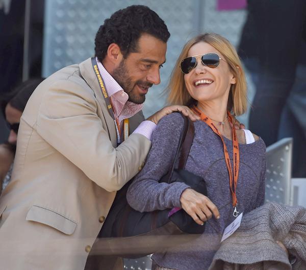 Eugenia Martínez de Irujo recupera poco a poco la sonrisa