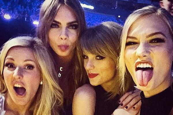 ¡No sin mis amigas! Taylor Swift se lleva a su pandilla al trabajo