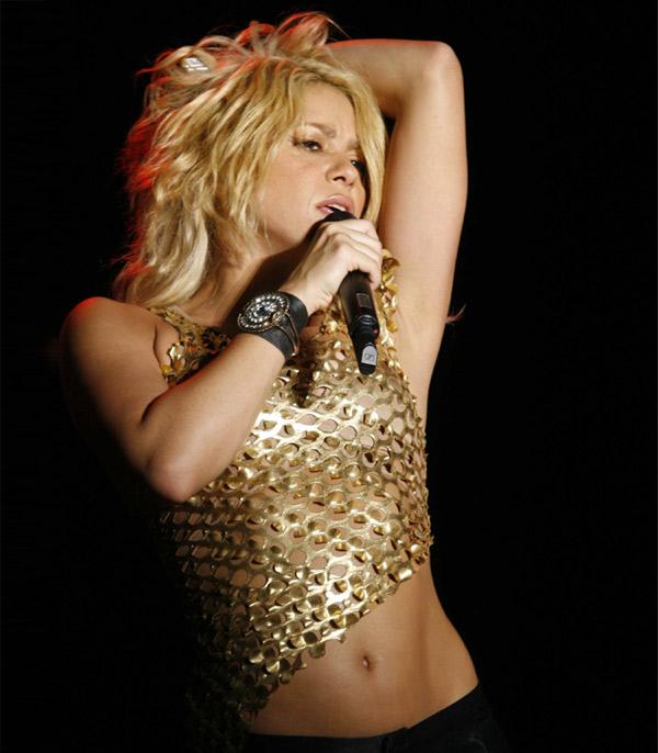 Shakira, de vuelta al trabajo para recuperar sus curvas