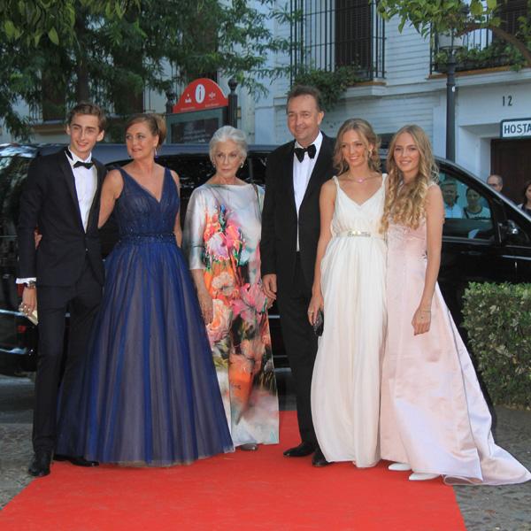 Puesta de largo de los hijos de Carlos de Habsburgo, jefe de la Casa Imperial, y Francesca Thyssen