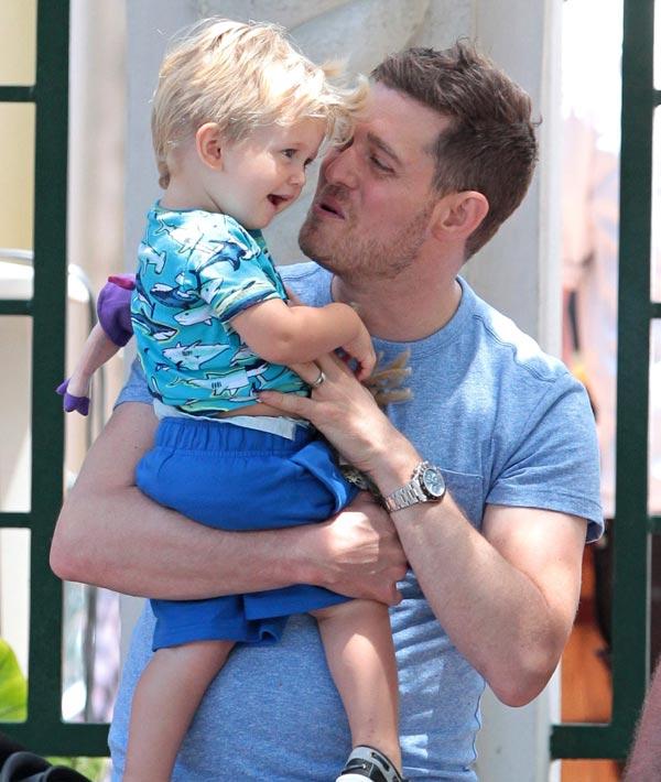 El hijo de Michael Bublé, hospitalizado por quemaduras
