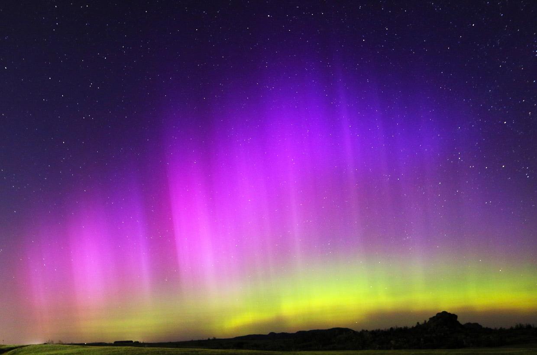 Una extraña y espectacular aurora boreal