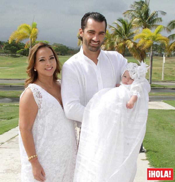 Los detalles del bautizo de Alaïa, hija de Adamari López y el bailarín español Toni Costa