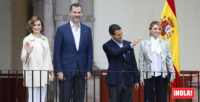 Así fue el incómodo momento entre el Presidente mexicano y su esposa durante la vista de los Reyes