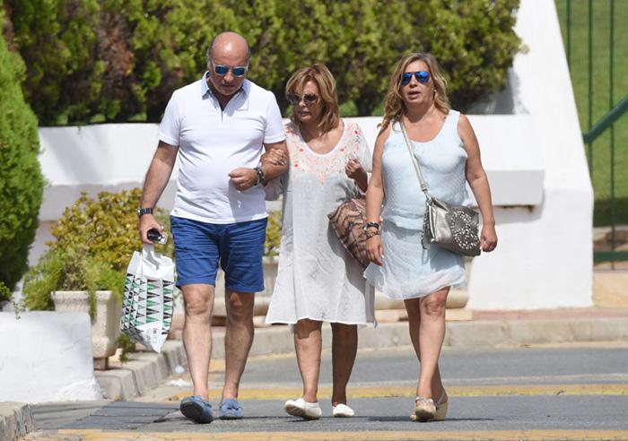 Terelu Campos y José Valenciano ya disfrutan juntos de 'un verano muy especial'