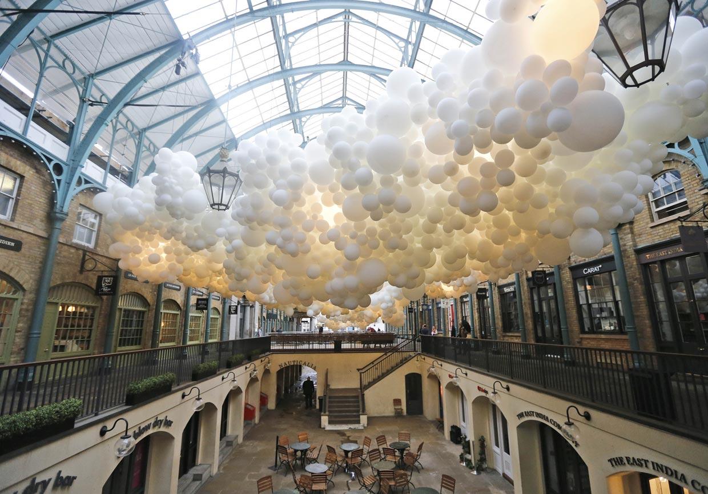 100.000 globos habitan el Covent Garden Market de Londres
