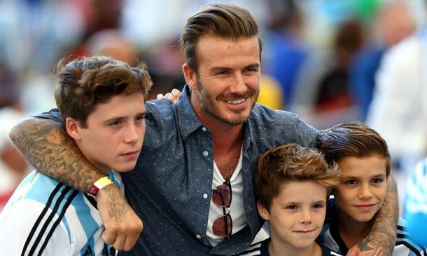 ¿Quién está detrás de las redes sociales de Brooklyn Beckham?