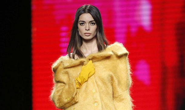 Joana Sanz, la novia del futbolista Dani Alves, suma y sigue en su camino para ser una 'top model'