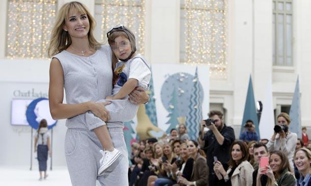 Un día 'mágico' para Alba Carrillo y su hijo Lucas