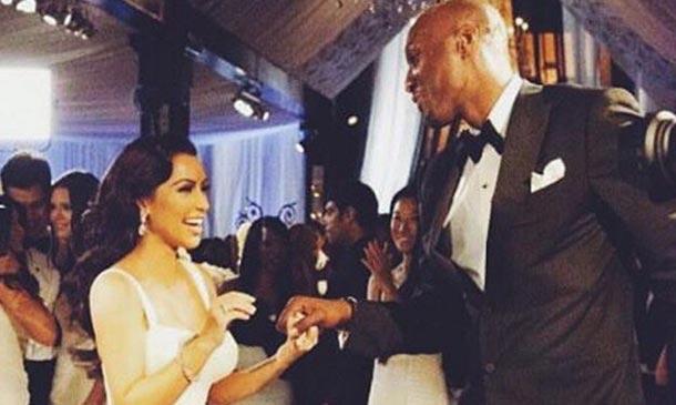 Kim Kardashian, esperanzada al hacer sonreír a Lamar Odom