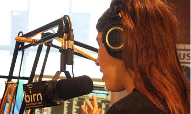 Escucha el primer single (y probablemente el primer éxito) de Mafalda, hija de Kyril de Bulgaria y Rosario Nadal