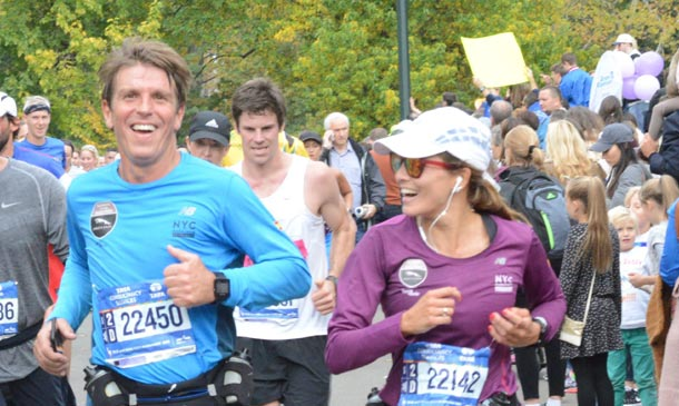 'El Cordobés', Virginia Troconis, Alfonso de Borbón... la maratón de Nueva York se vive en español