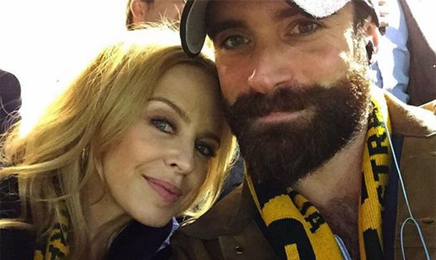 Kylie Minogue y el 'selfie' que confirma ¿su nuevo amor?