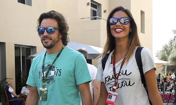 Fernando Alonso ya tiene junto a él a su mejor apoyo, Lara Álvarez