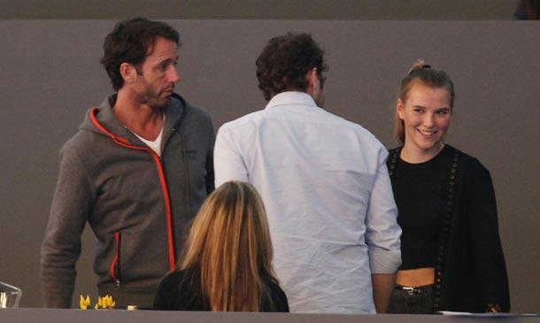 Álvaro Muñoz Escassi, jornada en la hípica con su hija y su ex Lara Dibildos