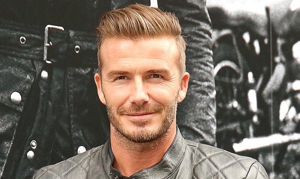 ¿Quieres ver cantar a David Beckham?