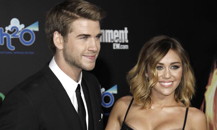 Miley Cyrus y Liam Hemsworth reciben juntos el año… ¿se han reconciliado?