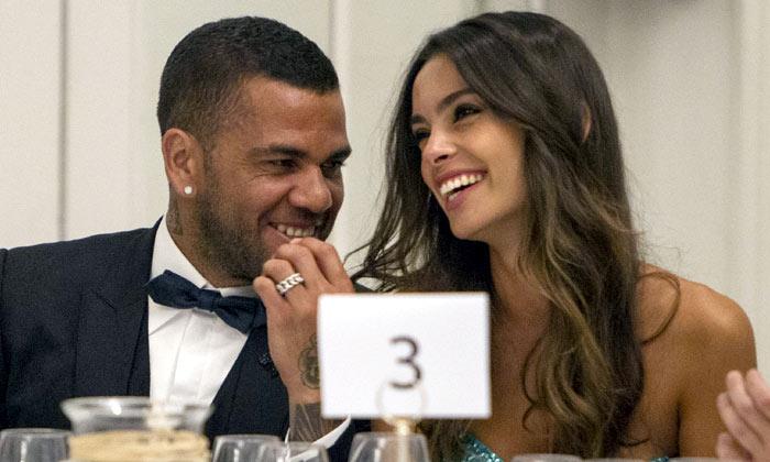 ¿El Barça vuelve a irse de boda? Joana Sanz y Dani Alves podrían haberse comprometido