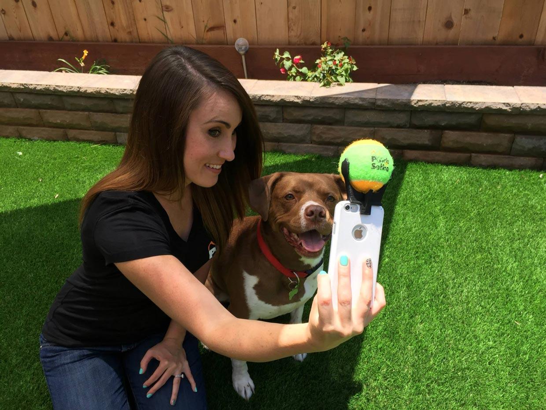 El mejor invento para un 'selfie' perruno