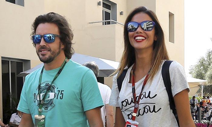 Lara Álvarez disfruta de unos días de relax, ¿está con ella Fernando Alonso?