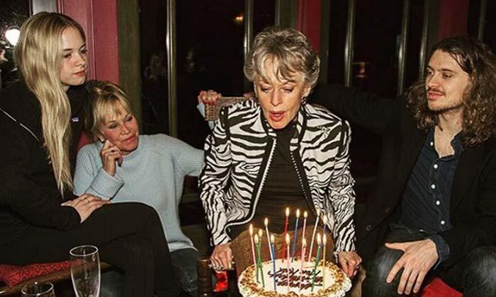 Melanie Griffith orgullosa de su madre en su 86 cumpleaños: '¡Ella es la bomba!'