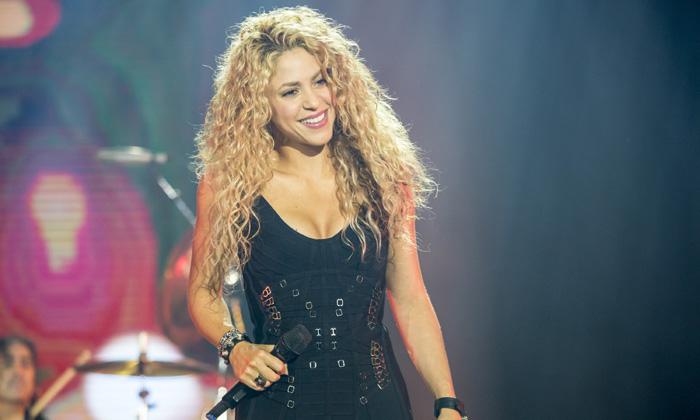 Así defiende Shakira a Piqué de sus polémicas en las redes sociales