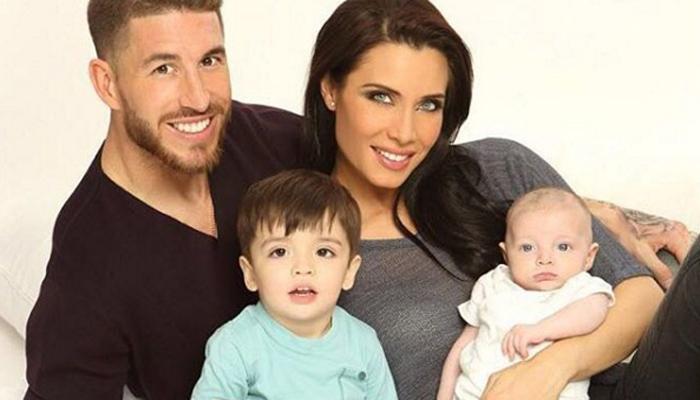 ¡La familia al completo! Pilar Rubio posa con los hombres de su vida