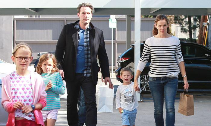 ¿Borrón y cuenta nueva? Las 'vacaciones de la paz' de Ben Affleck y Jennifer Garner