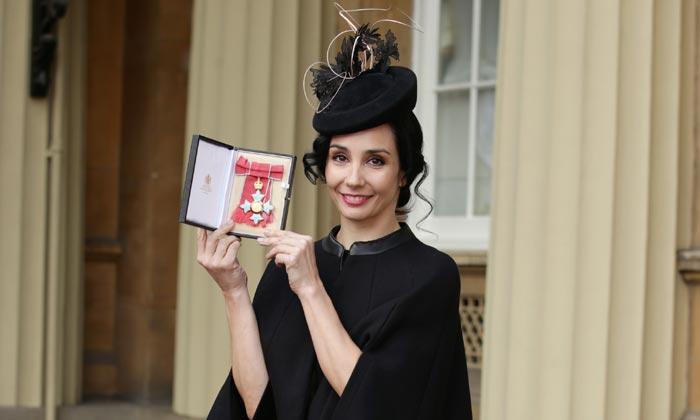 La bailarina Tamara Rojo, condecorada por el príncipe Carlos de Inglaterra por su contribución a la danza